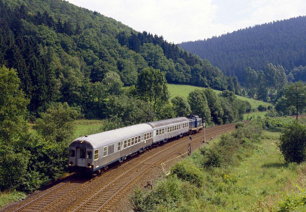 http://www.bahnbilder.de/bilder/1200/762175.jpg