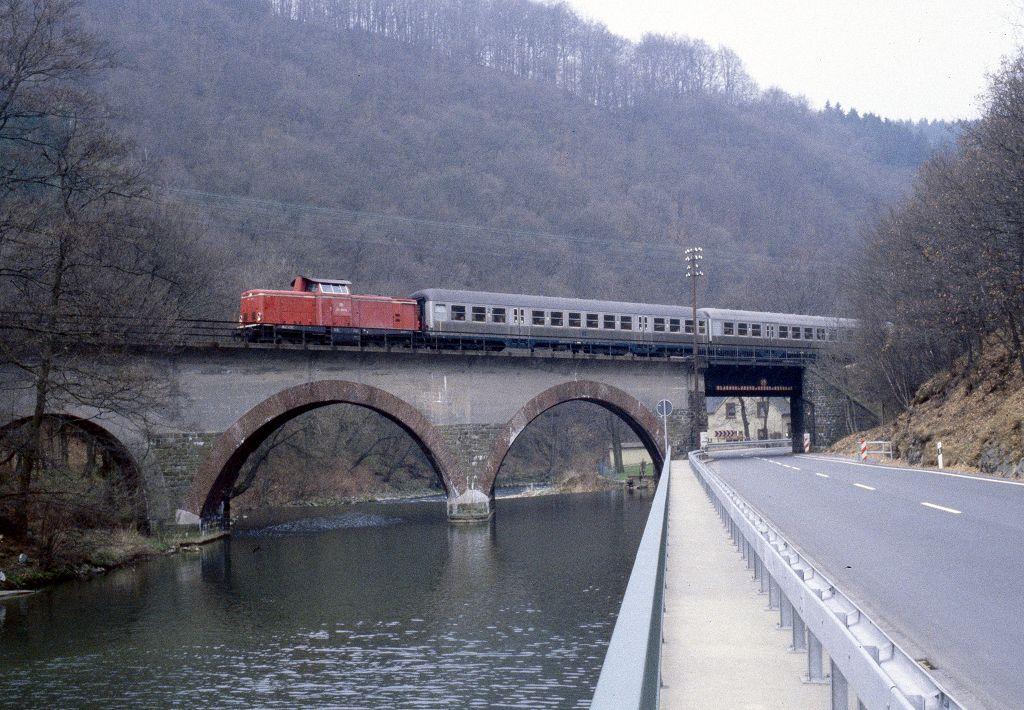 http://www.bahnbilder.de/bilder/1200/762322.jpg