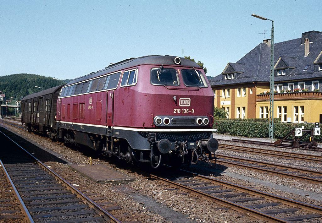http://www.bahnbilder.de/bilder/1200/770977.jpg