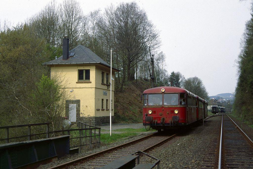 http://www.bahnbilder.de/bilder/1200/771313.jpg