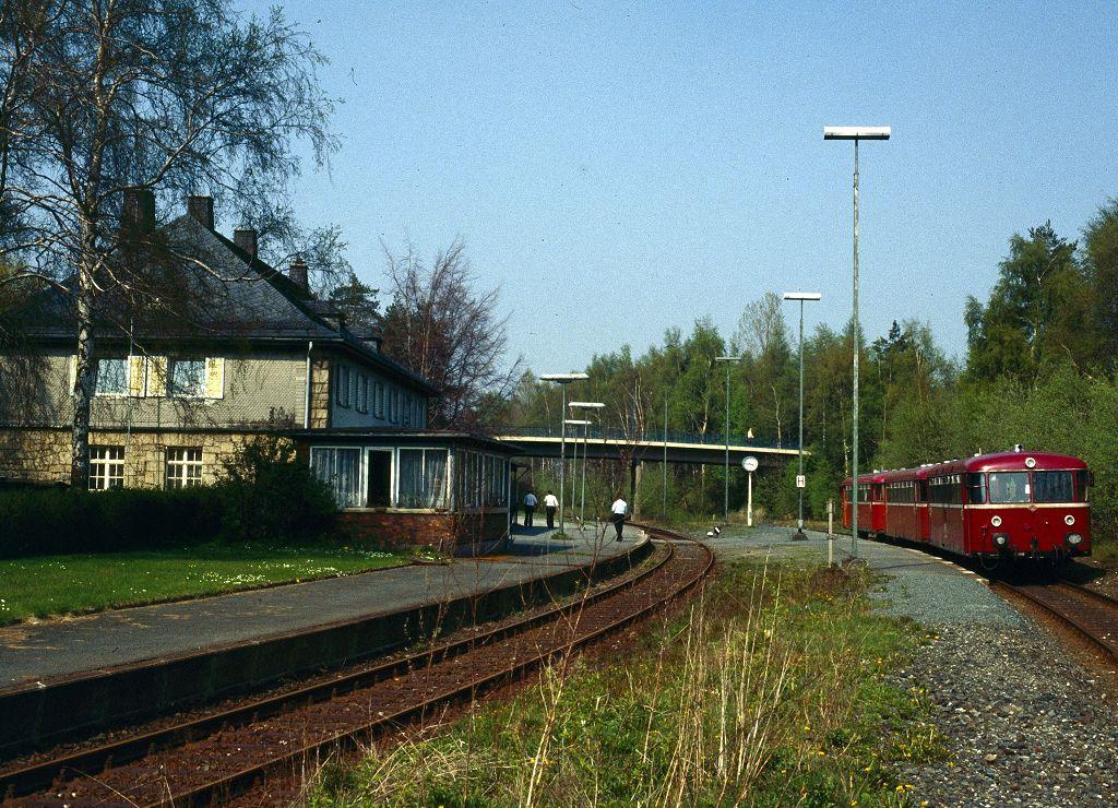 http://www.bahnbilder.de/bilder/1200/801830.jpg