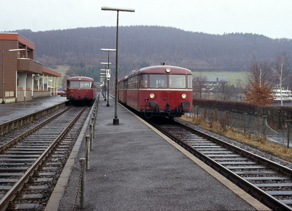 http://www.bahnbilder.de/bilder/1200/801836.jpg