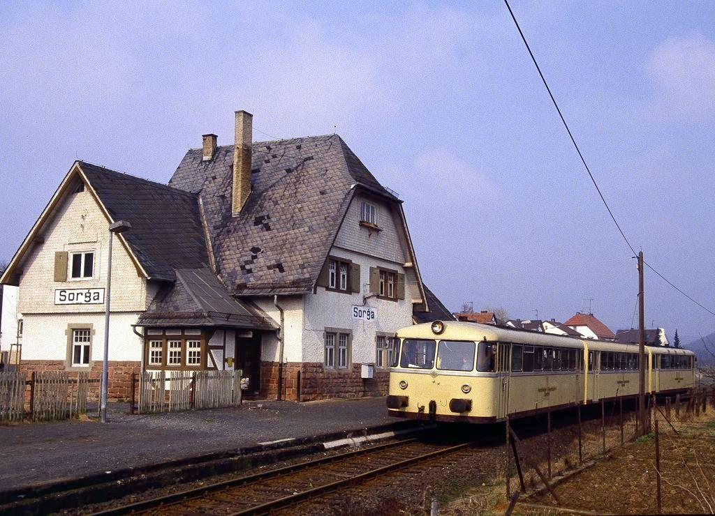 http://www.bahnbilder.de/bilder/1200/802105.jpg