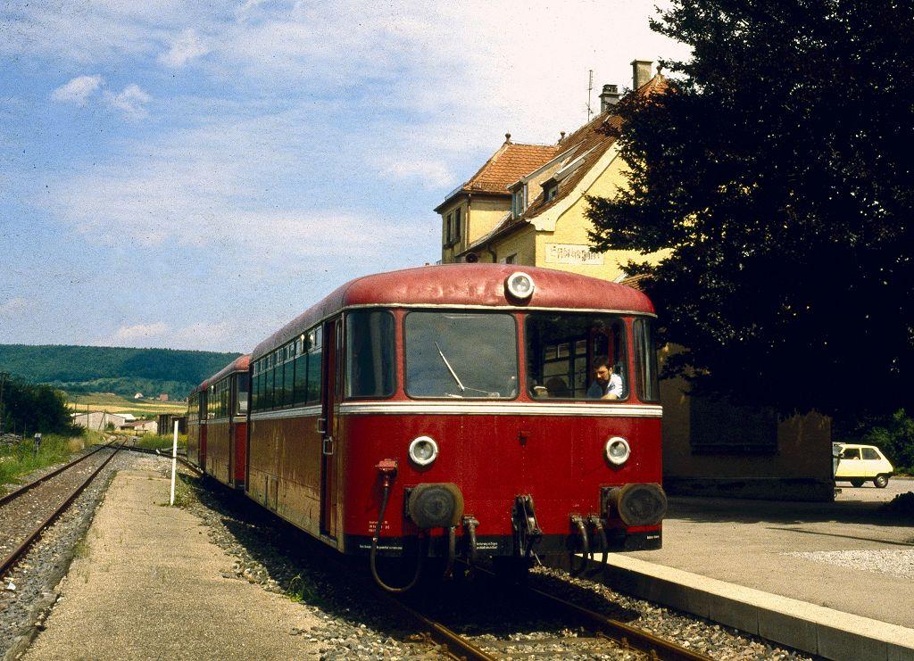 http://www.bahnbilder.de/bilder/1200/802108.jpg