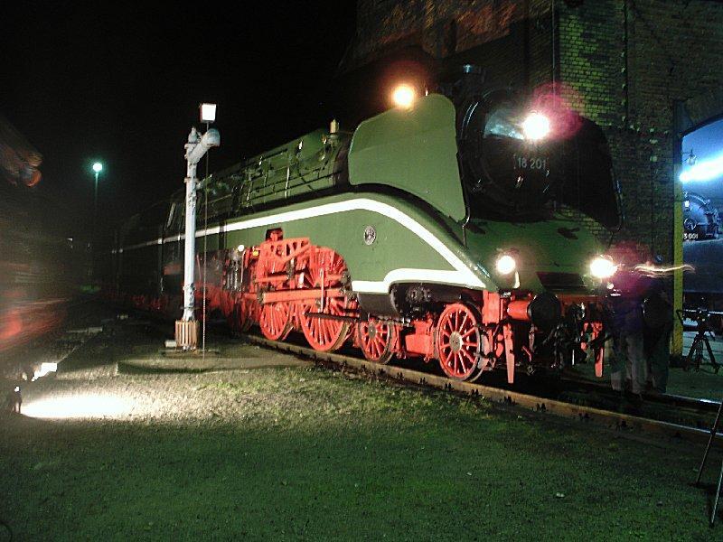 Br 02 201 18 201 im roten roco farbkleid im jahre 2003 for Lampen reparatur berlin