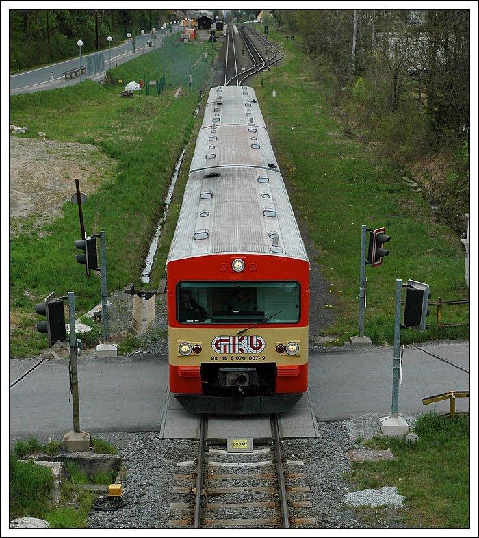 http://www.bahnbilder.de/bilder/98571.jpg