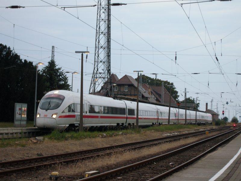 Bahnhof warnem nde fotos 4 for Ubernachten in warnemunde