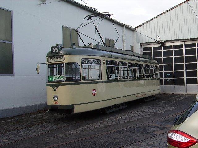 Ein L Wagen Des Vehrkersmuseums Frankfurt Am Main Bein