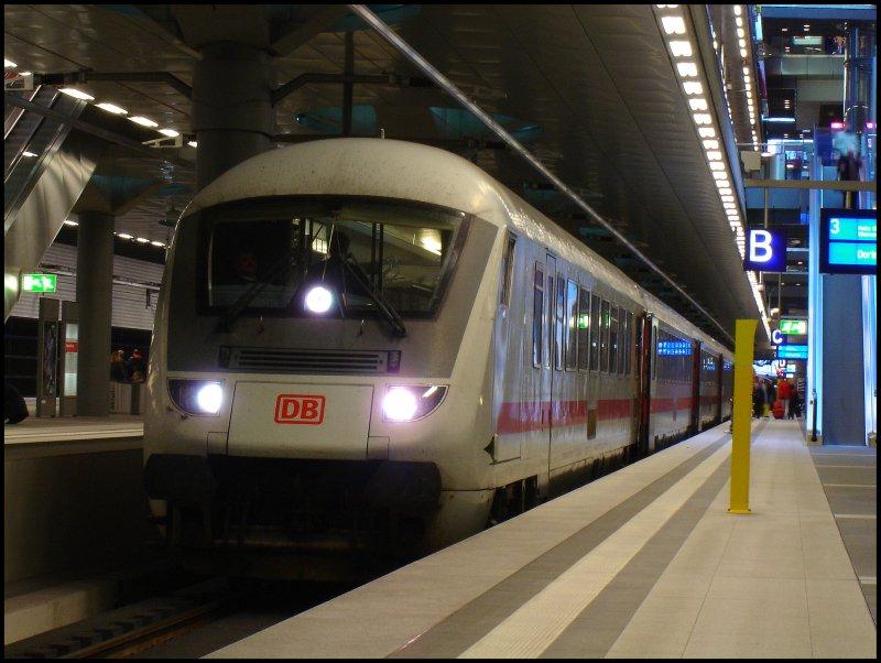 ic 2454 nach dortmund hauptbahnhof steht am On berlin nach dortmund