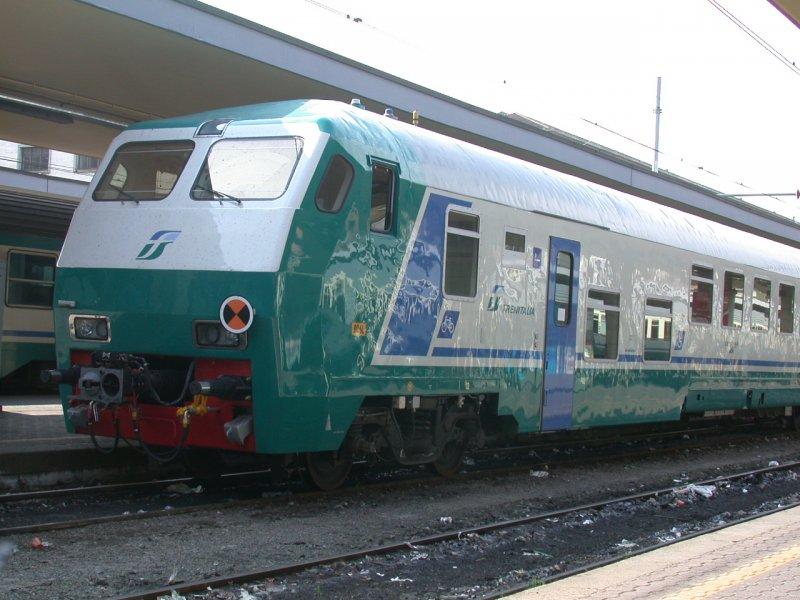 Ir steuerwagen von trenitalia in torino porta nuova 21 - Orari treni milano torino porta nuova ...