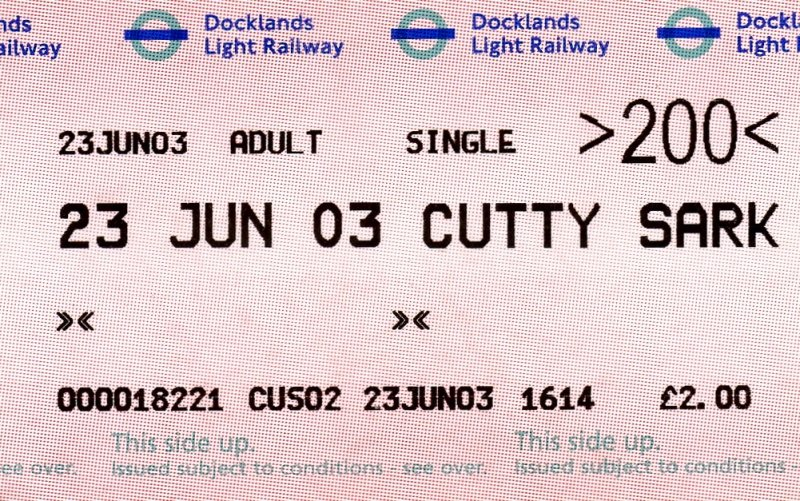 London docklands light railway dlr london 23 06 2003 ein ticket der