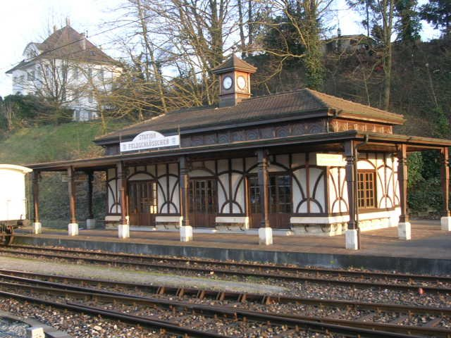 Station feldschl schen beim bahnhof rheinfelden schweiz for Thermalbad rheinfelden schweiz
