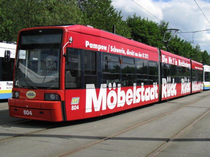 Straßenbahn Zug Vom Typ Schwerin 2001 Nr 805 Der Nahverkehr