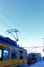 Ein Himmel mit Herz und die Wengernalp mit Triebwagenzug 113. 13.Januar 2018.