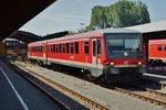 928 544 steht am 25.05.16 im Bhf. von Lindau/Bodensee um in Richtung Friedrichshafen zu fahren.