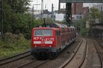 111 016  Peters Letzte  mit RE4 (Wupper-Express) in Wuppertal, am 12.10.2016.