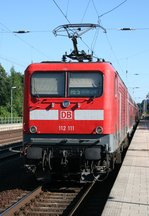 112 111 mit RE 3513 (Stralsund Hbf–Elsterwerda) am 23.06.2016 in Luckau-Uckro