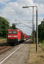 112 103 mit RE 4361 (Rostock Hbf–Elsterwerda) am 26.06.2016 in Klasdorf