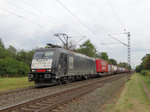 MRCE/Dispolok 185 571-7 mit KLV am 20.09.16 bei Hanau West.
