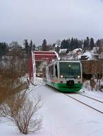 654 038 (VT38) als VBG/VIA83117 in Klingenthal, 14.1.010.