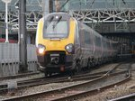 Manchester Piccadilly 17.10.2015 Cross Country Class 221 136