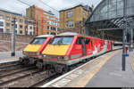 Virgin Trains East Coast 91114  Durham Cathedral  mit abfahrbereitem EC nach Edinburgh Waverley und 91105 am 8.