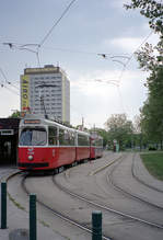 Wien Wiener Linien SL 67 (E2 4306) X, Favoriten, Kurzentrum Oberlaa am 1.