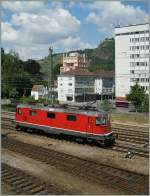 Die SBB Re 4/4 II 11196 in Singen.
