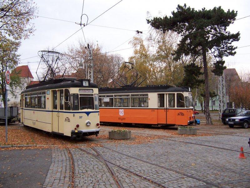Triebwagen 37 Ex Stralsund Und 38 Vor Dem Depot Oktober