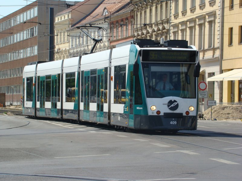 Triebzug 409 melbourne der siemens combino am for Siemens platz